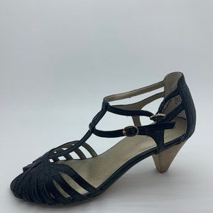 Seychelles leather Strappy heels sandals size 10